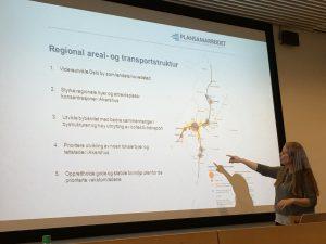 Fylkestingsrepresentant Kristin Antun (MDG Akershus) innledet om REGIONALT SAMARBEID på dag 3 av Grønn Tankesmie.